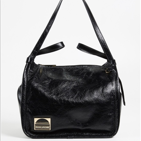 Marc Jacobs Handbags - Marc Jacobs black leather sports tote